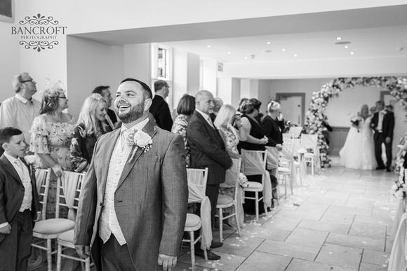 Mark & Sue - Tyn Dwr Hall Wedding 00241