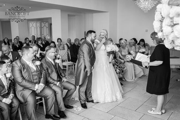 Mark & Sue - Tyn Dwr Hall Wedding 00287