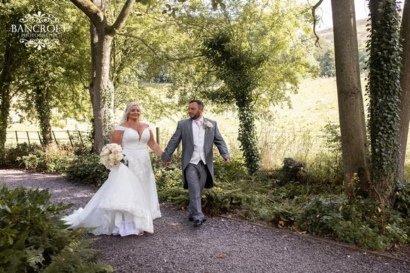 Mark & Sue - Tyn Dwr Hall Wedding 00388