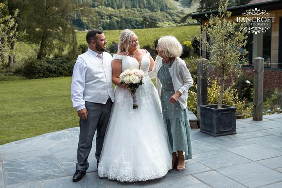 Mark & Sue - Tyn Dwr Hall Wedding 00479