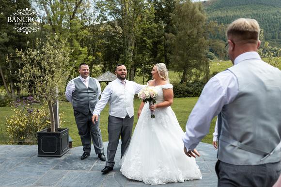 Mark & Sue - Tyn Dwr Hall Wedding 00498