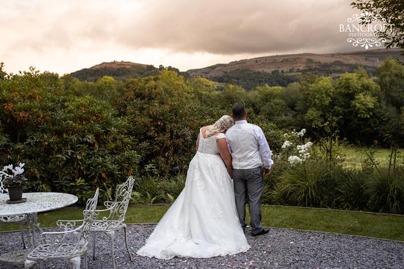 Mark & Sue - Tyn Dwr Hall Wedding 00744
