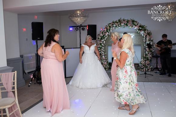 Mark & Sue - Tyn Dwr Hall Wedding 00793