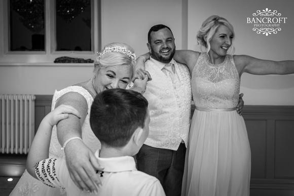 Mark & Sue - Tyn Dwr Hall Wedding 00860