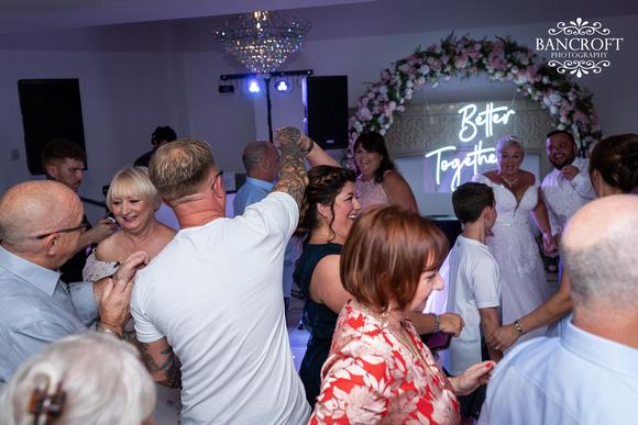 Mark & Sue - Tyn Dwr Hall Wedding 00867