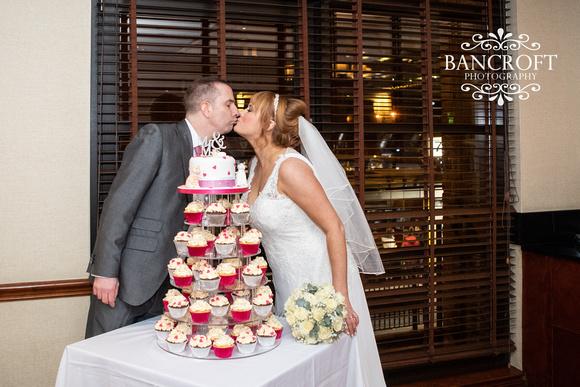 Simon_&_Claire_St_Georges_Liverpool_Wedding 00540