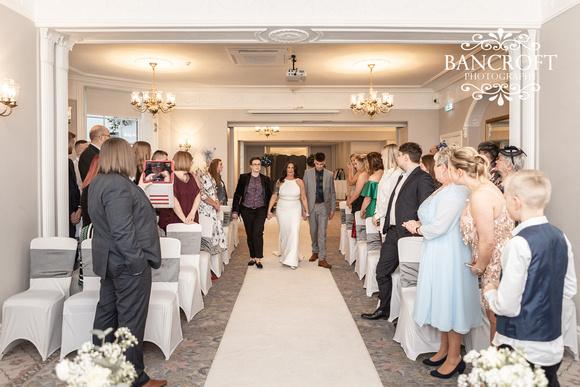 Sarah_&_Debi_Statham_Lodge_Wedding 00217