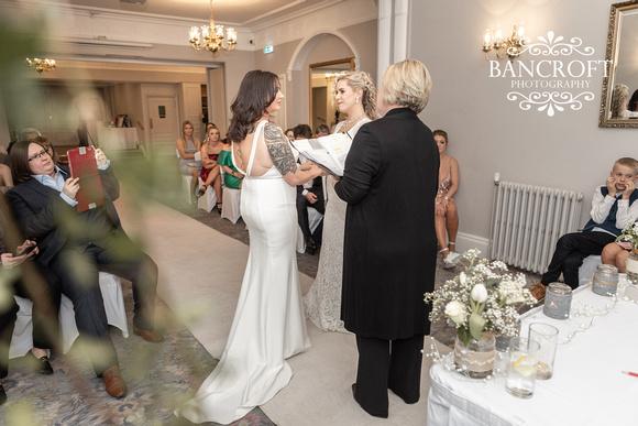 Sarah_&_Debi_Statham_Lodge_Wedding 00303