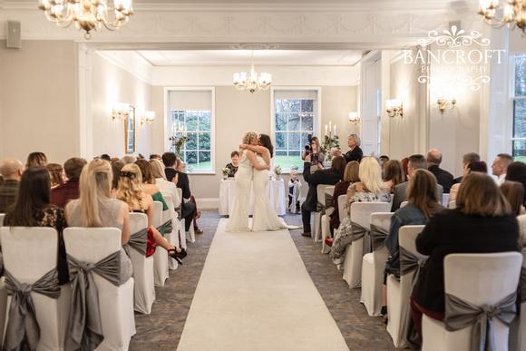 Sarah_&_Debi_Statham_Lodge_Wedding 00314