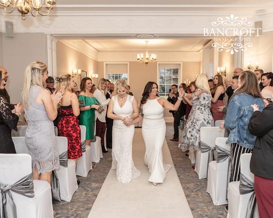 Sarah_&_Debi_Statham_Lodge_Wedding 00342