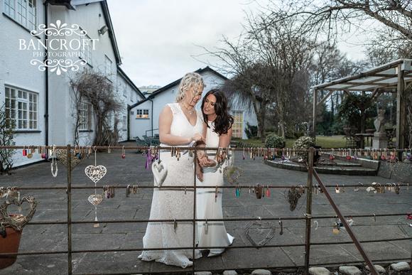 Sarah_&_Debi_Statham_Lodge_Wedding 00632