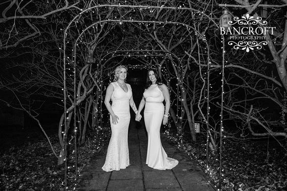 Sarah_&_Debi_Statham_Lodge_Wedding 00810-Edit