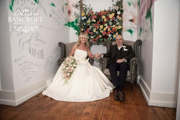 John_&_Joanne_St_Georges_&_The_Florist_Wedding_Blog 00759