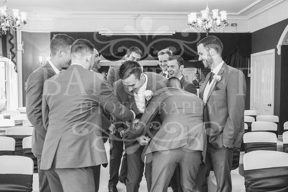 David & Rebecca Statham Lodge Wedding 01181
