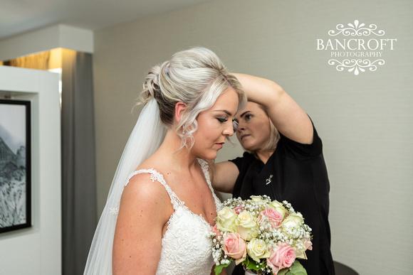 Gareth_&_Louise_Chester_Doubletree_Hilton_Wedding 00104