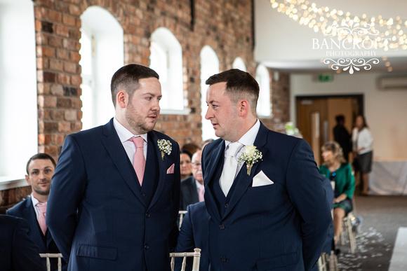 Gareth_&_Louise_Chester_Doubletree_Hilton_Wedding 00166