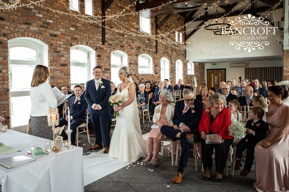 Gareth_&_Louise_Chester_Doubletree_Hilton_Wedding 00269