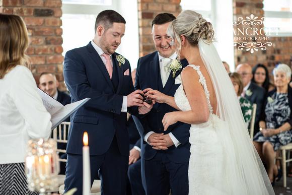 Gareth_&_Louise_Chester_Doubletree_Hilton_Wedding 00313