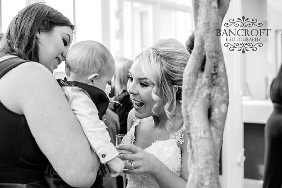 Gareth_&_Louise_Chester_Doubletree_Hilton_Wedding 00502