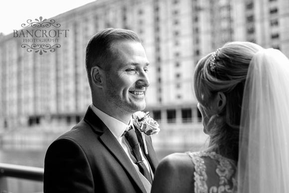 Neil_&_Louise_Titanic_Hotel_Wedding 00560