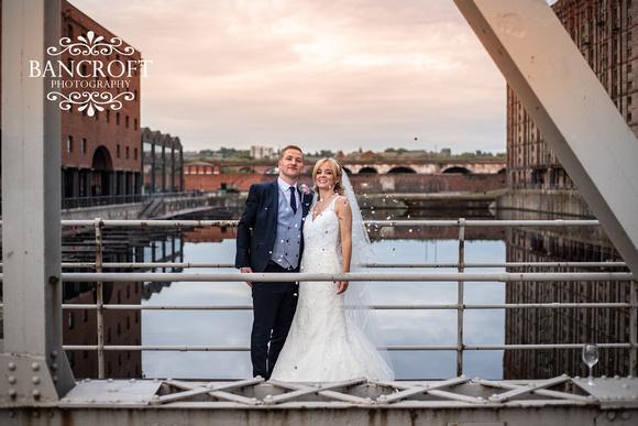 Neil_&_Louise_Titanic_Hotel_Wedding 00893