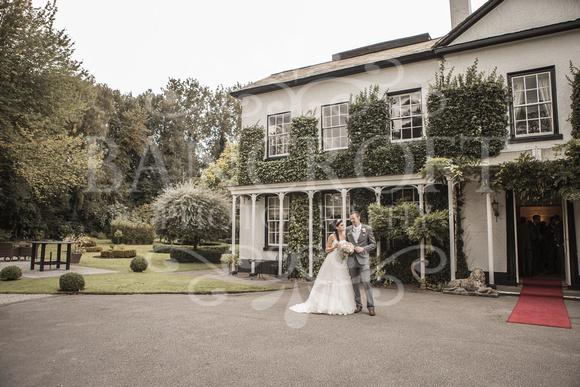 David & Rebecca Statham Lodge Wedding 01631