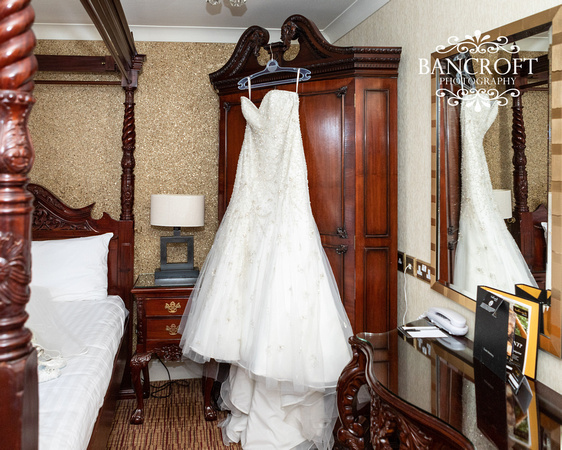 Neil_&_June_Hallmark_Hotel_Warrington_Wedding_Blog 00027