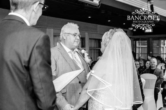 Neil_&_June_Hallmark_Hotel_Warrington_Wedding_Blog 00208