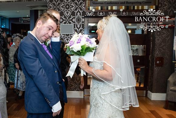 Neil_&_June_Hallmark_Hotel_Warrington_Wedding_Blog 00297