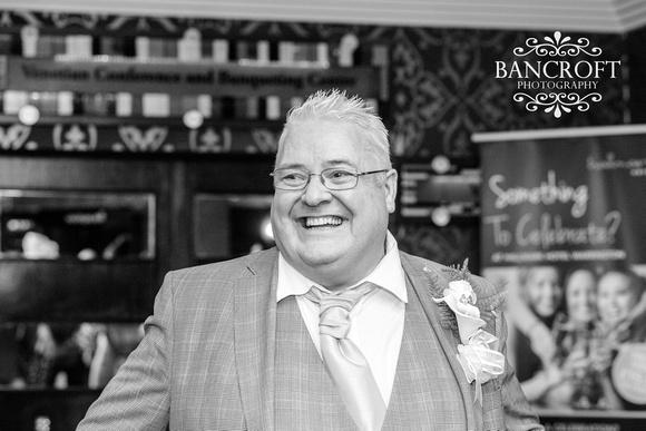 Neil_&_June_Hallmark_Hotel_Warrington_Wedding_Blog 00364