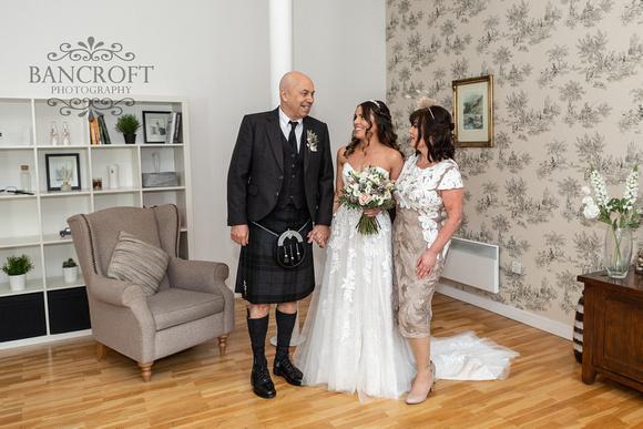 Robert & Shannon - House for An Art Lover Wedding 00114