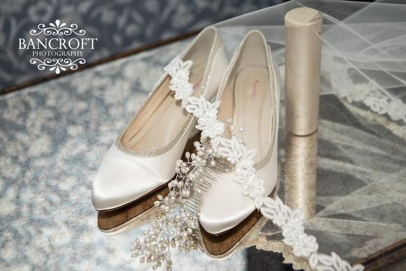 Matthew & Michelle - Mottram Hall Wedding 00025