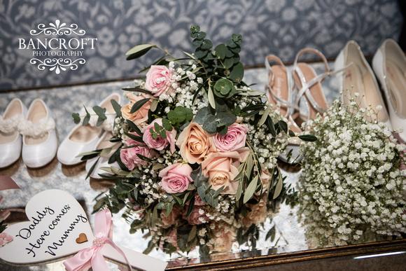 Matthew & Michelle - Mottram Hall Wedding 00051
