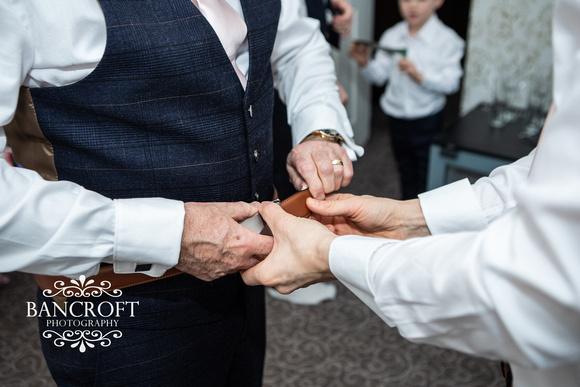 Matthew & Michelle - Mottram Hall Wedding 00087