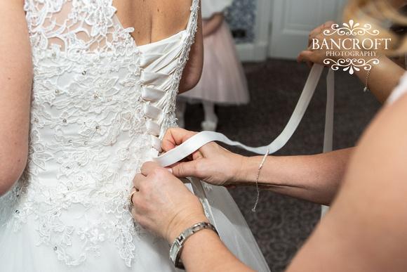 Matthew & Michelle - Mottram Hall Wedding 00171