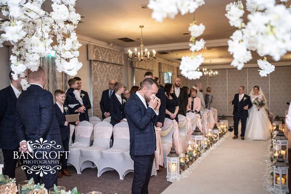 Matthew & Michelle - Mottram Hall Wedding 00240