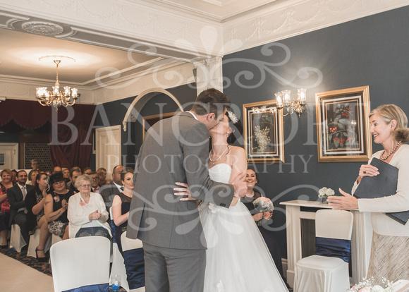 David & Rebecca Statham Lodge Wedding 01520