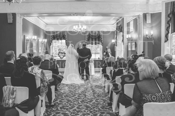 Graham-&-Jeanette-Statham Lodge Wedding - 00045