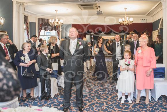 Graham-&-Jeanette-Statham Lodge Wedding - 00040