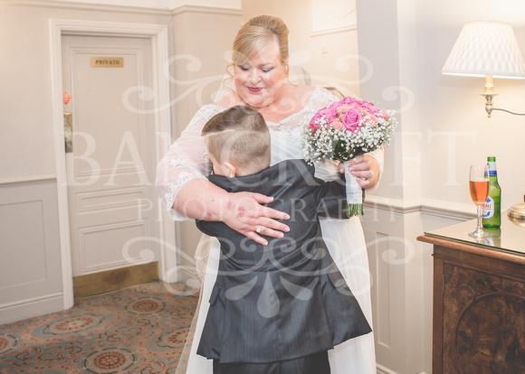 Graham-&-Jeanette-Statham Lodge Wedding - 00061