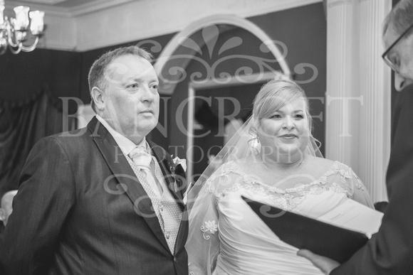 Graham-&-Jeanette-Statham Lodge Wedding - 00047