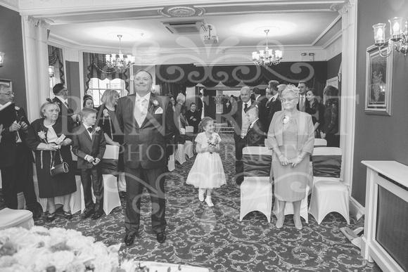 Graham-&-Jeanette-Statham Lodge Wedding - 00039