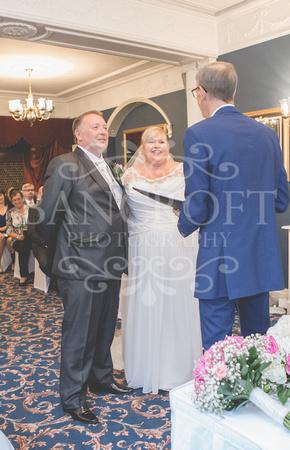 Graham-&-Jeanette-Statham Lodge Wedding - 00046