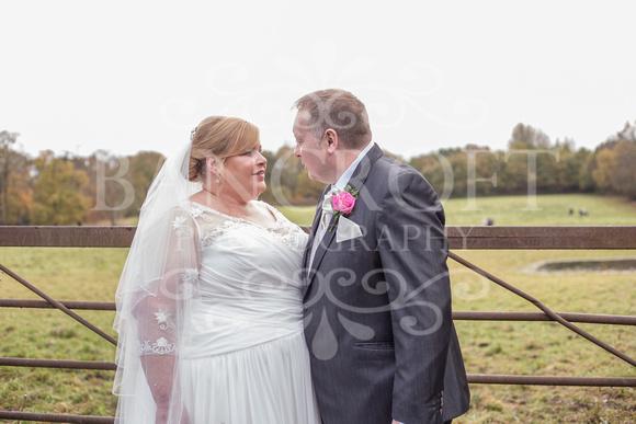 Graham-&-Jeanette-Statham Lodge Wedding - 00069
