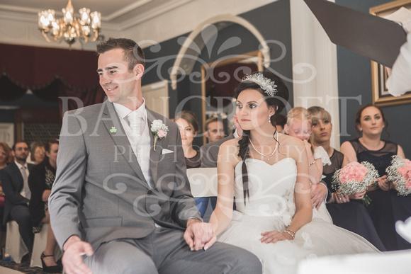David & Rebecca Statham Lodge Wedding 01414