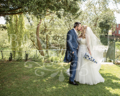 Kyle_&_Cassielle_Millhouse_Riverside_Bedford_Wedding-01098