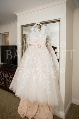 Michael_&_Laura_Worsley_Court_House_Wedding 00016