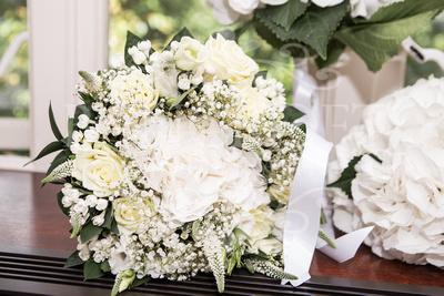 Michael_&_Laura_Worsley_Court_House_Wedding 00048