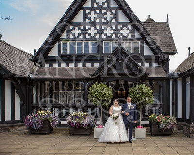 Michael_&_Laura_Worsley_Court_House_Wedding 00194