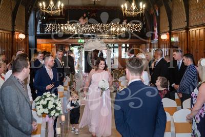 Michael_&_Laura_Worsley_Court_House_Wedding 00205